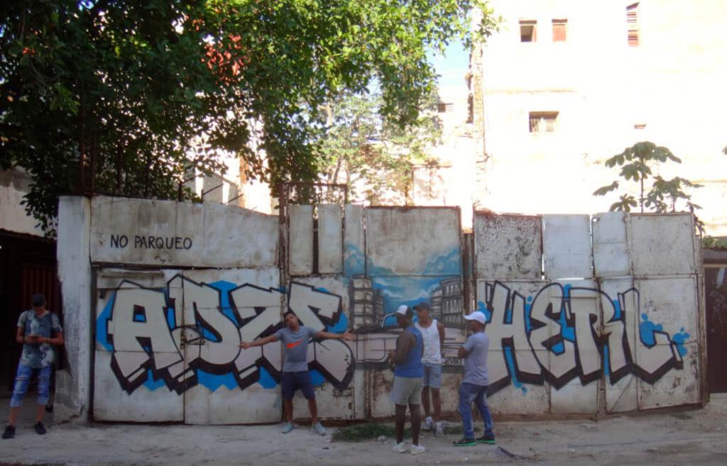10. ArteCuba. 1711. Calle.